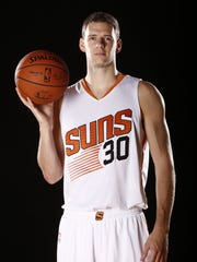 Jon Leuer during Phoenix Suns at media day on Sep.