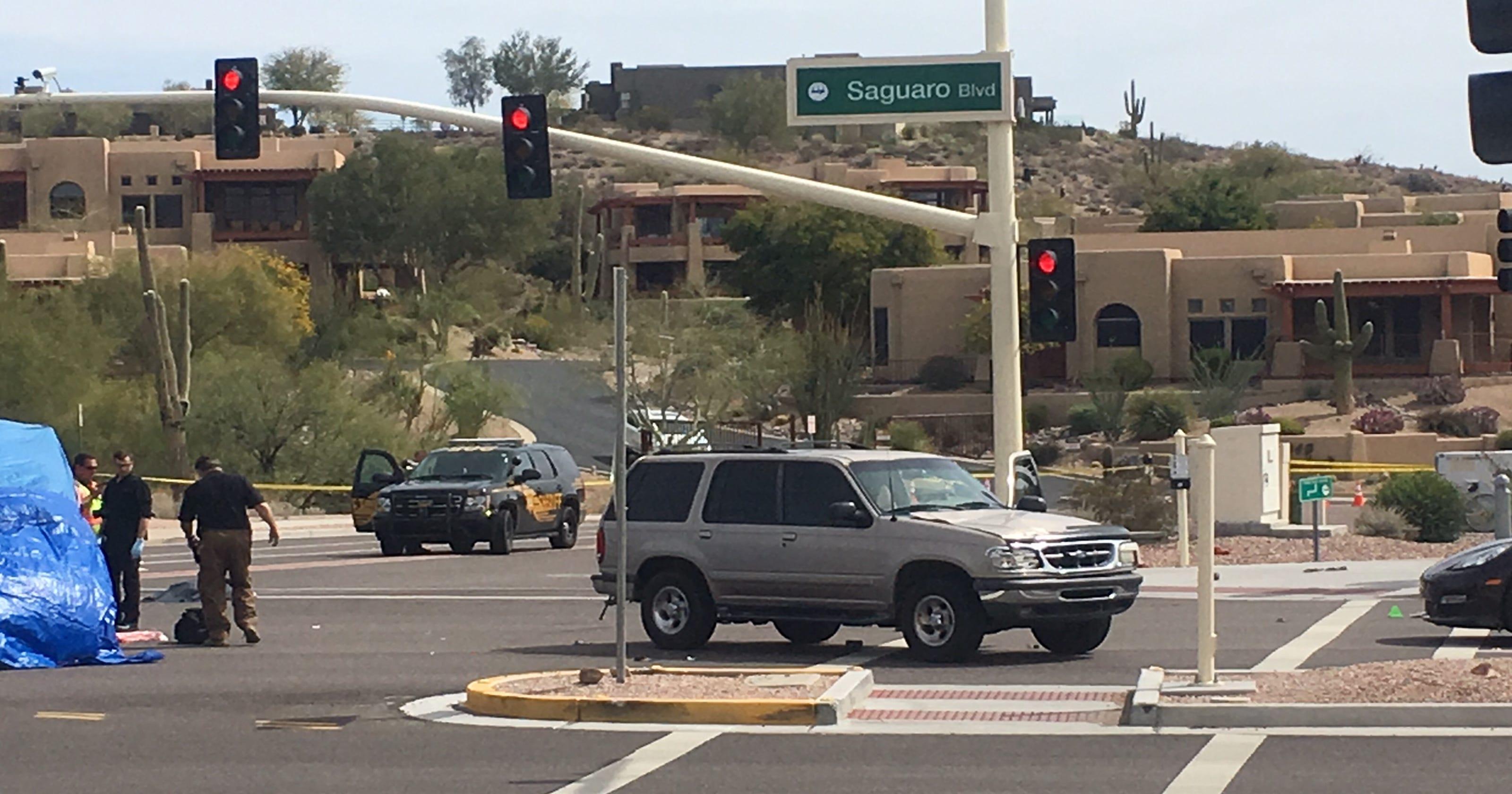 Three People Dead Injured In Car Crash In Fountain Hills - Fountain hills car show 2018