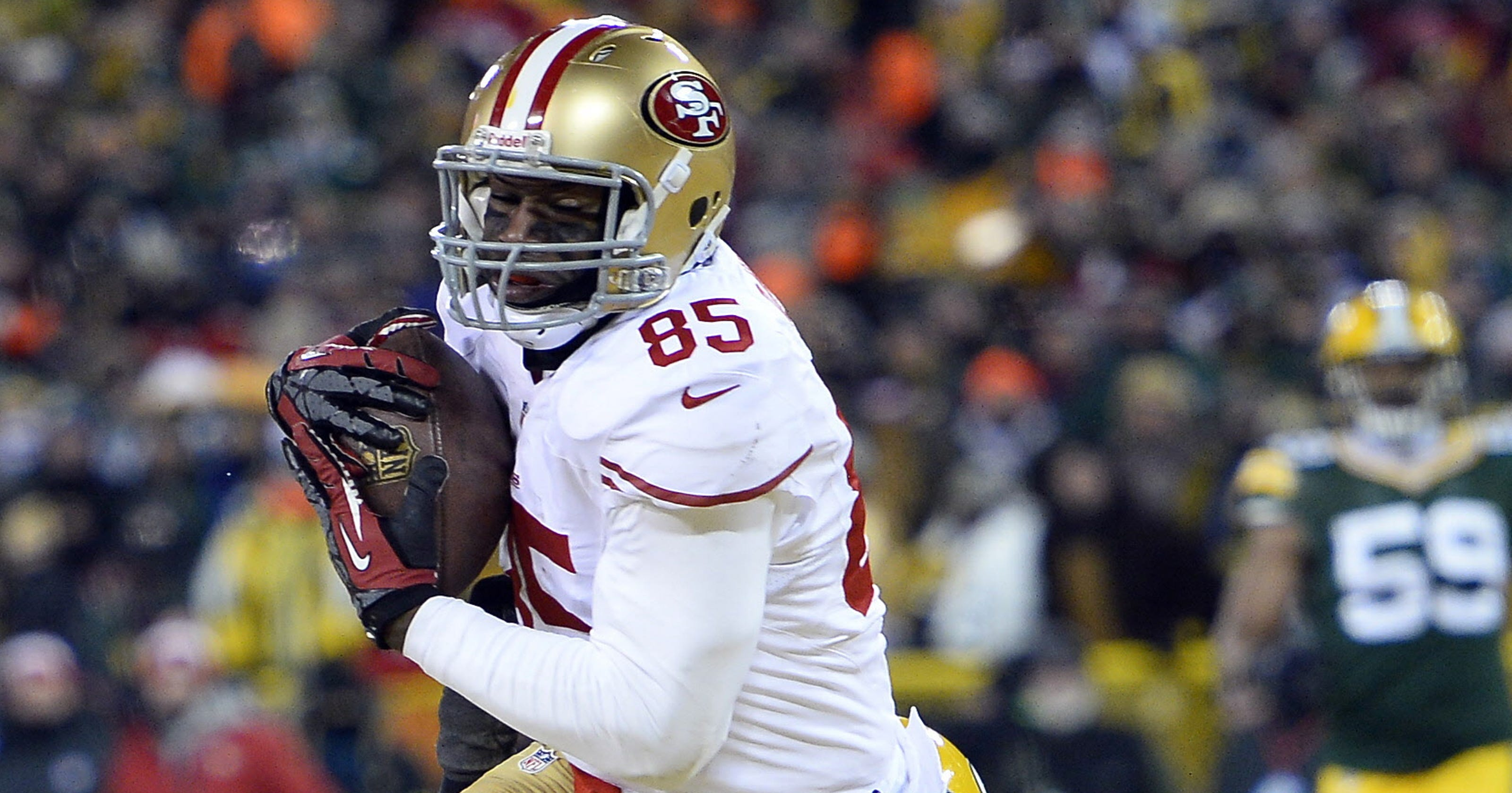 TE Vernon Davis not the 49ers  only holdout ddaa6a995