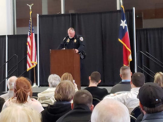 Lt. Lynn Beard addresses those at his retirement ceremony Wednesday at the Abilene Convention Center.