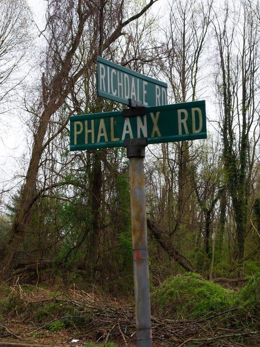 Phalanx Road 2.jpg