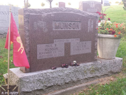 Paul Munson grave site