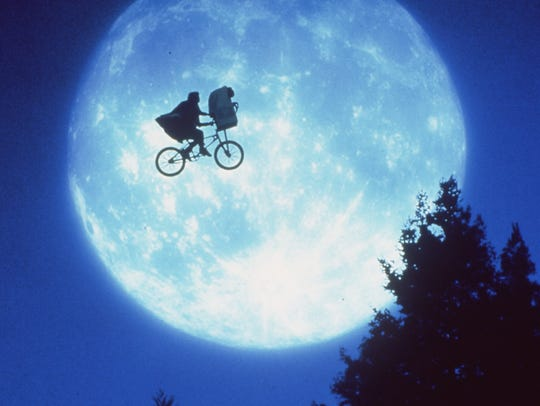 """E.T. The Extra-Terrestrial"" pedals its way to the Oriental Theatre."