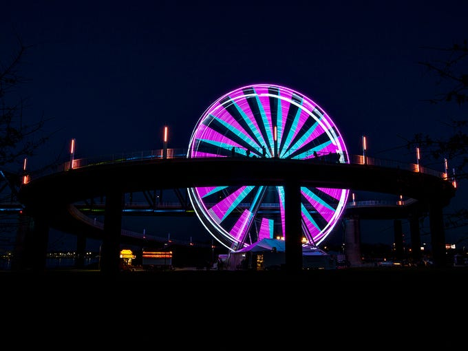 The SkyStar Observation Wheel dazzles with an LED light