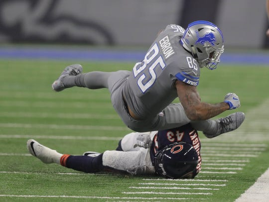 Detroit Lions' Eric Ebron makes a catch against the