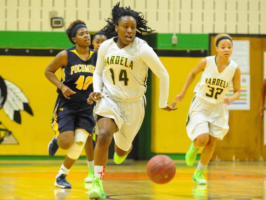 Mardela's Shakema Dashiell works a fast break upcourt