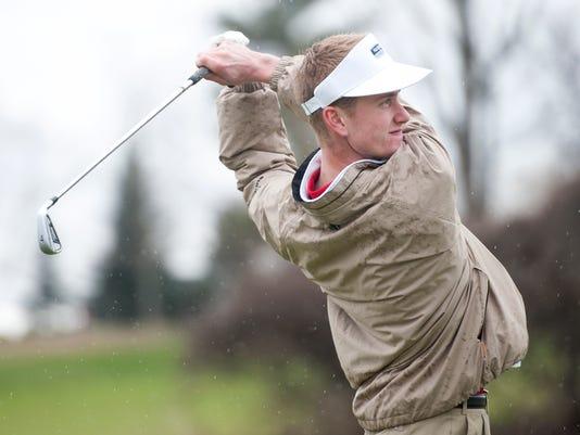 BUR 0430 boys golf C2.jpg
