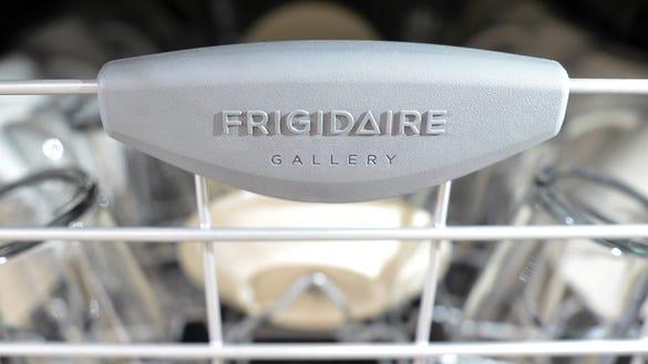 Frigidaire Gallery FGID2466QF Dishwasher