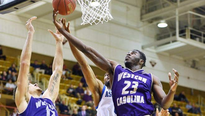 Mike Amius led Western Carolina with 13 points against High Point on Tuesday night.