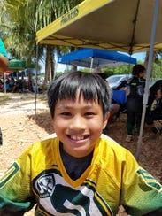 Kayler Ignacio (10) halfback, outside linebacker and