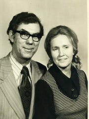 Bobby D. Barnett, during his time as head of the Clemson University Poultry Science Department, with his wife, Bonnie.