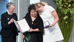 Setsuko Thurlow and Beatrice Fihn, the executive director