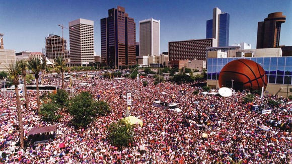 Crowd at Phoenix Suns parade in 1993.