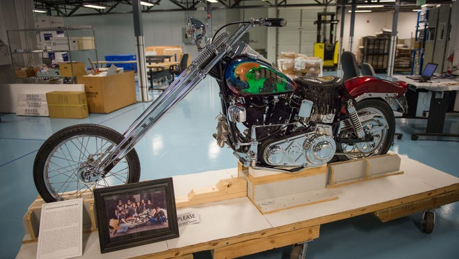 A motorcycle brought to the Vietnam Veterans Memorial by a Wisconsin chapter of Rolling Thunder in 1995 resides in the NPS collection.