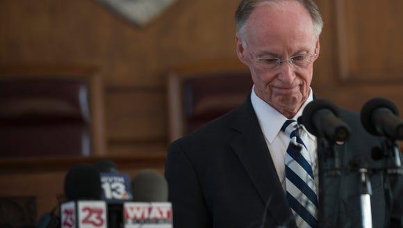 Former Gov. Robert Bentley speaks after officially