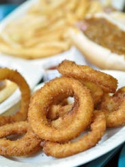 A plate of onion rings at  The Hot Grill of Clifton,