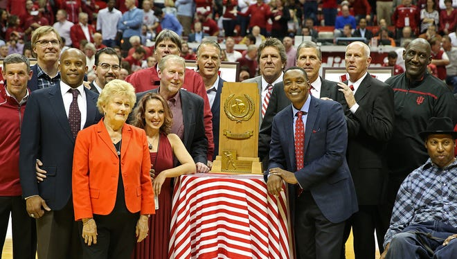 The Hoosiers' 1981 championship team is honored at halftime of IU's game versus North Carolina on Wednesday.