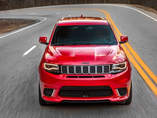 2018 Jeep Grand Cherokee Trackhawk Hellcat >> Jeep Drops Hellcat Engine Into Grand Cherokee Trackhawk