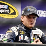 Earnhardt applauded for putting health first