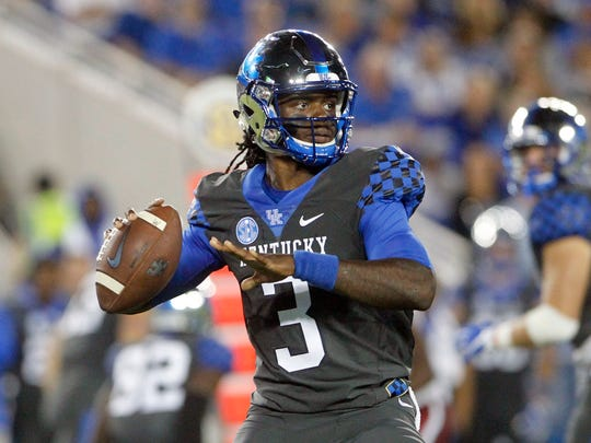 Terry Wilson stands in the pocket during UK's win over South Carolina.