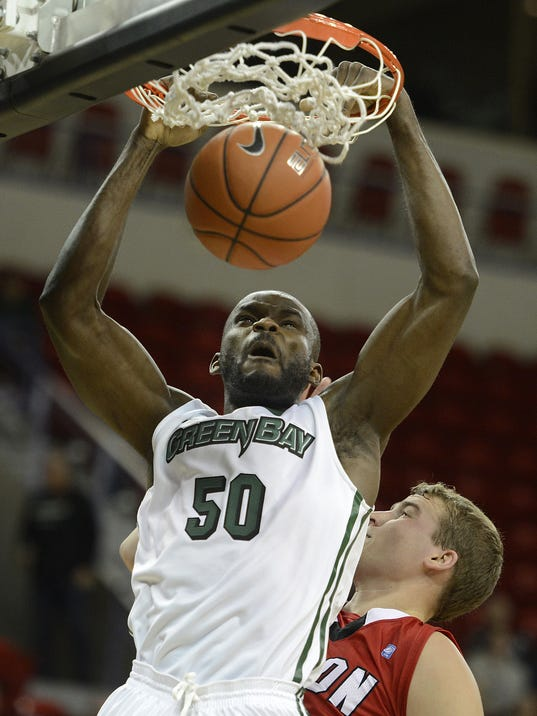 ES_GPG_UWGB vs. Ripon_MBB_10.30.14