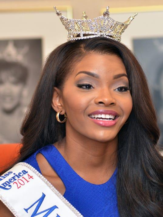 TCL Miss Miss09.jpg