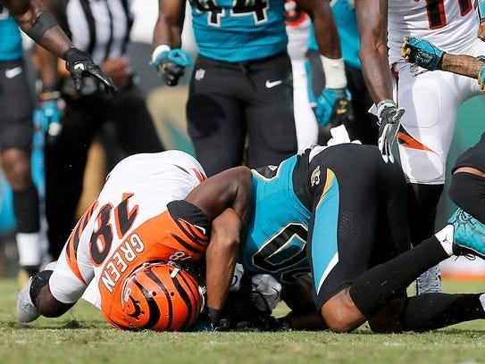 Cincinnati Bengals wide receiver A.J. Green (18) pulls