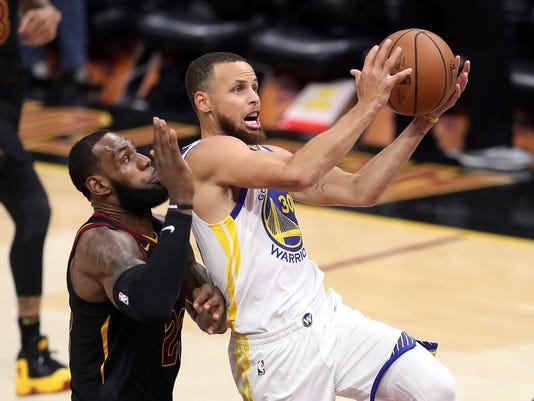 Warriors_Curry_Summer_Basketball_20135.jpg