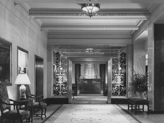 The entrance to the Green Room at the Hotel du Pont in 1987.