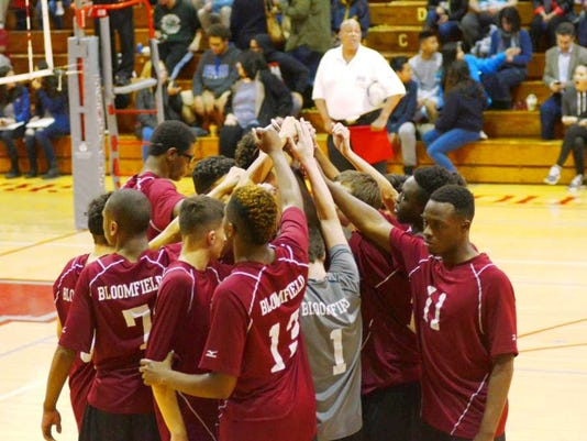 051216-bl-volleyteampic.jpg