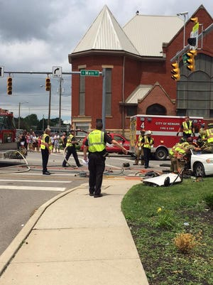 Auto accident closes East Main Street at 1:30 p.m. Tuesday.