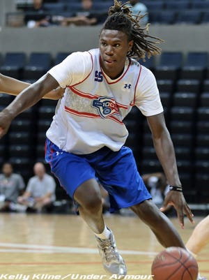 The Vols picked up a commitment Thursday from guard Chris Clarke.