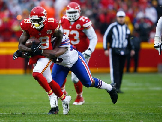 Jeremy Maclin (19) of the Kansas City Chiefs is tackled after a catch.