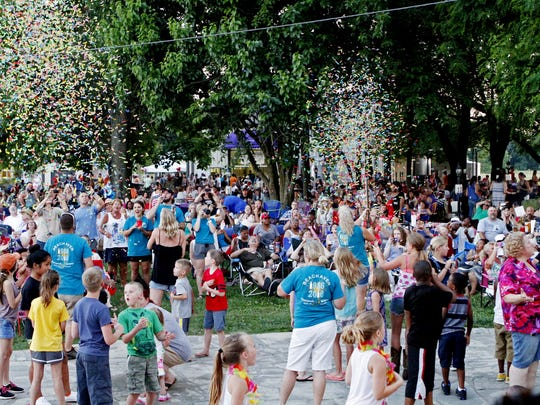 Beachaven Vineyards & Winery in Clarksville,  has its Jazz on the Lawn concert series on scattered Saturday nights through the summer, drawing as many as 5,000 people for the events.