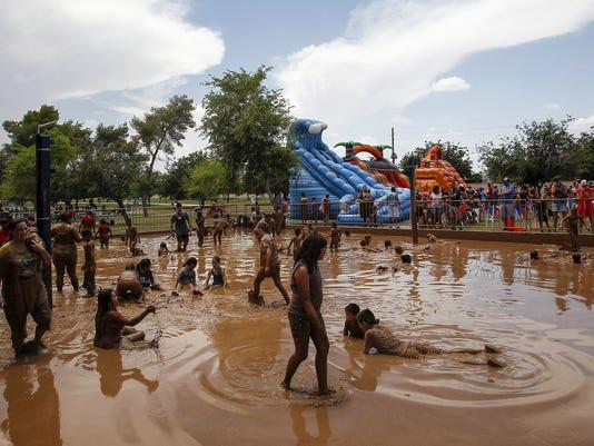 Mighty Mud Mania