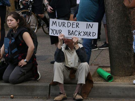 636580234439763229-REN-SACRAMENTO-PROTESTS-37.jpg