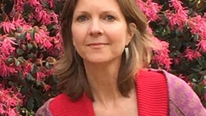 Laura Elliott