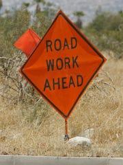 -road sign.jpg_20110906.jpg