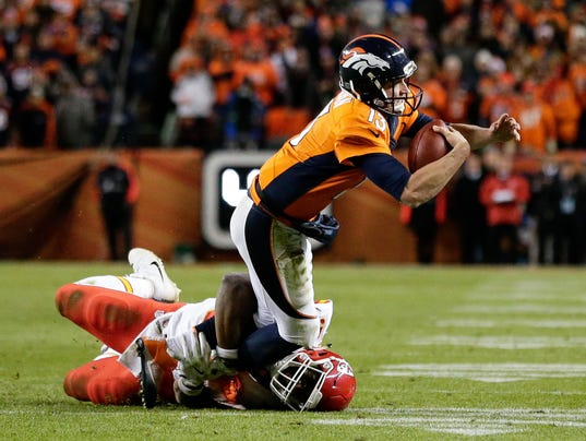 USP NFL: KANSAS CITY CHIEFS AT DENVER BRONCOS S FBN USA CO