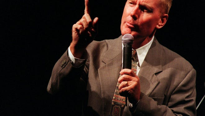 --Evangelist, Max Lucado, speaks at the 1997 Jubilee, an annual Church of Christ national convention, at the Nashville arena.