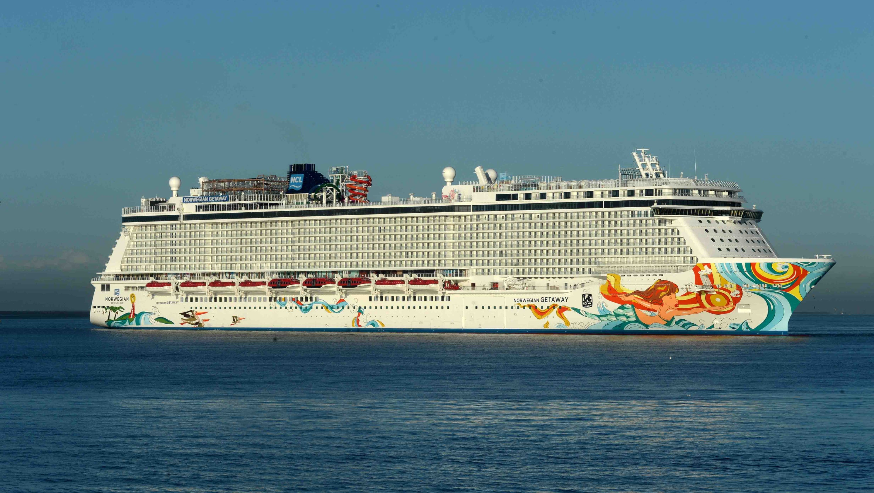 Cruise Smackdown Norwegian Getaway Vs Carnival Breeze