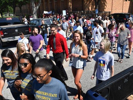 Midwestern State University graduating seniors participate