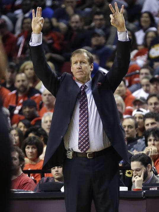 Blazers Sign Coach Stotts To Contract Extension