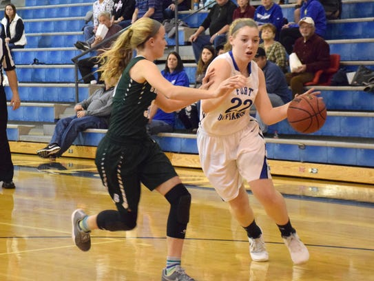 Fort Defiance's Catie Cramer drives the baseline against