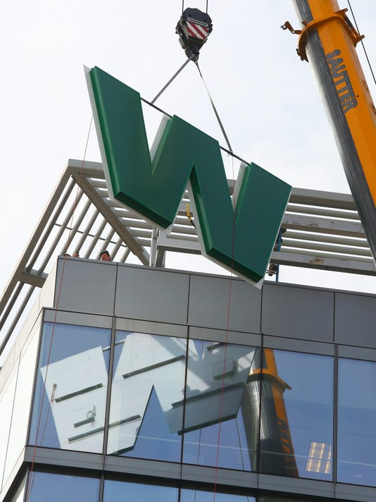 WSFS SIGN REPLACEMENT