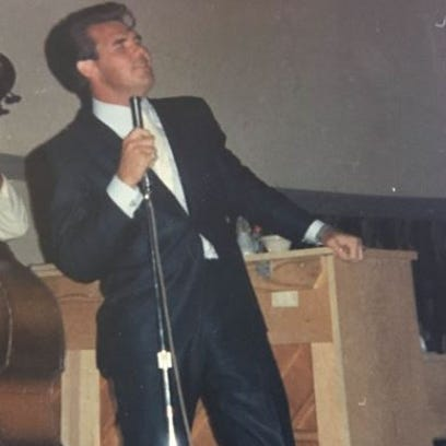 Kenny Rogers performs in 1966 at the Privateer's Country