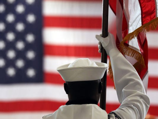 636144547888422355--stockphoto-CCLO-NS-MIDWAY-CEREMONY-04.JPG
