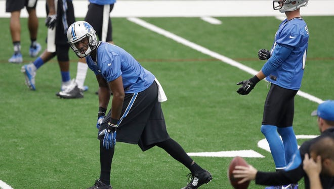 Detroit Lions receiver Quinshad Davis lines up during practice at the NFL football teams training camp, Friday, July 29, 2016, in Allen Park, Mich.
