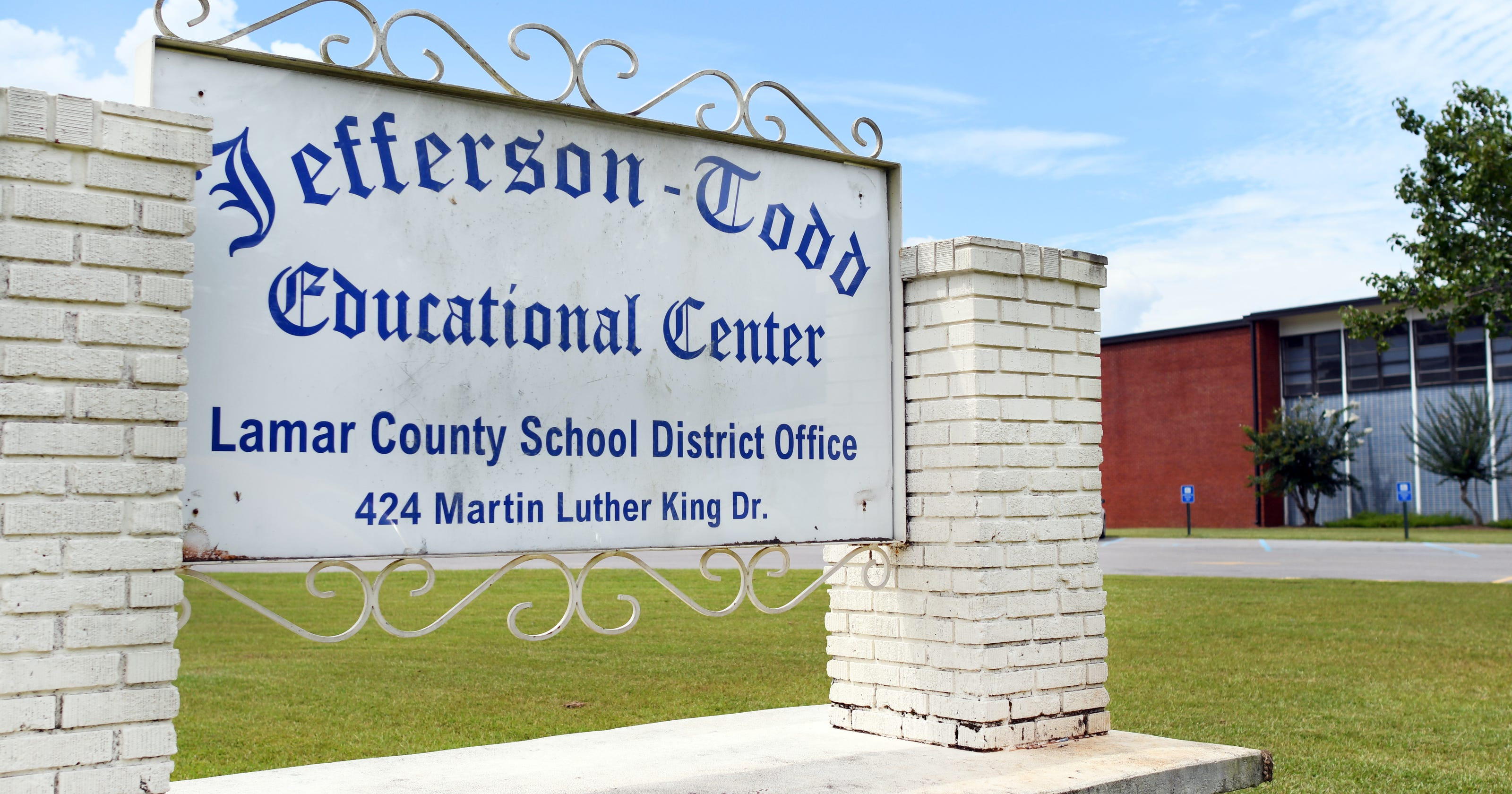 2 suicides in one weekend: Lamar County schools cope with ...