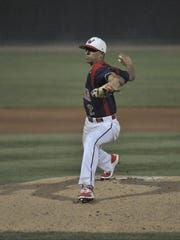 Tulare Western's Ryan Tucker pitches against Porterville